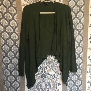 High to low green fall sweater